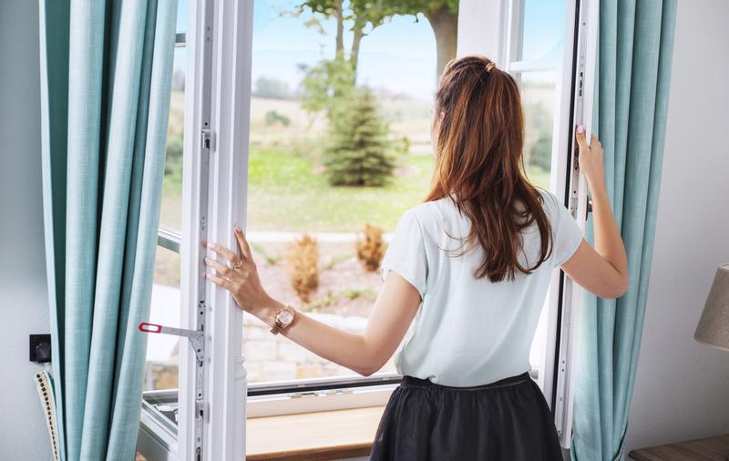 elke dag het raam open om te verluchten
