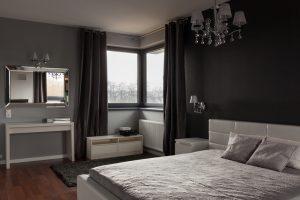 zwarte-muur-slaapkamer